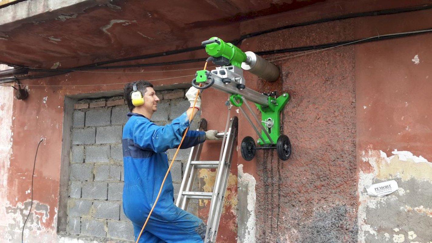 Резка бетона без пыли в москве строительные растворы снип